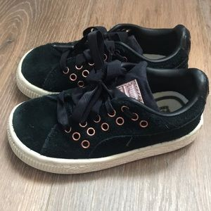Puma Black and Rose gold tenis, lightly worn